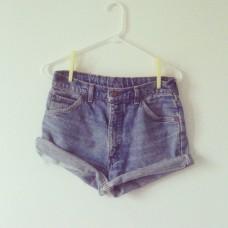 Short en jeans T.40 12 EUR